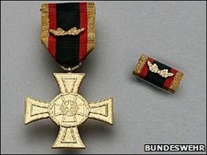NEW-IRON-CROSS-MEDAL