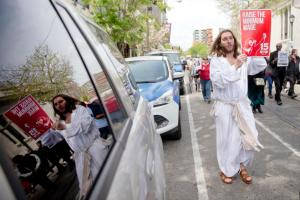 Look, even Jesus demands that a $15/hr minimum wage be instituted!